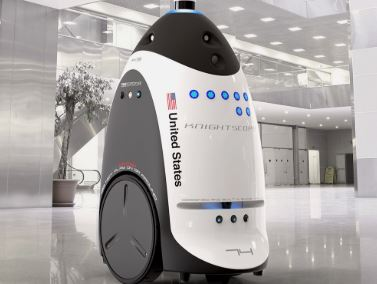 robot policía K5 de la empresa Knightscopea para realizar funciones de seguridad y vigilancia