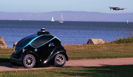 robot policía O-R3 creado por Otsaw Digital